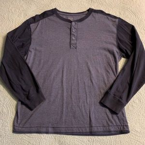 Two-tone L/S Henley